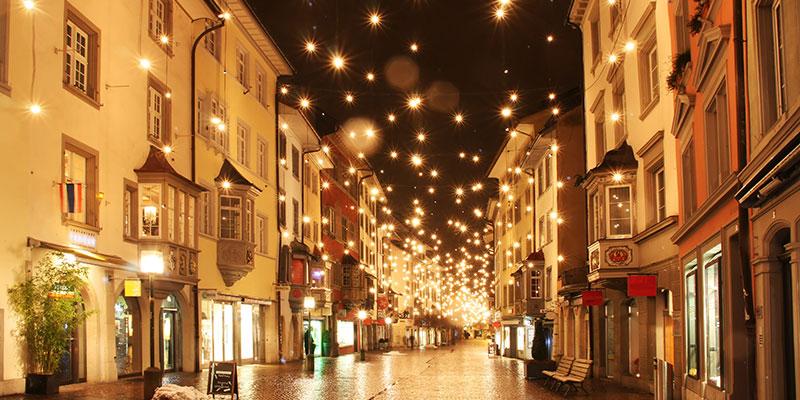 Vedo Le Luci Di Tutte Le Vetrine.10 Motivi Per Cui Vorrei Fosse Gia Natale