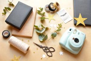 Incartare i regali con la polaroid
