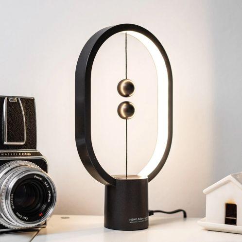 Mini Lampada da Tavolo Heng Balance