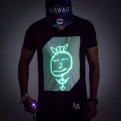Interactive Glow T-Shirt – magliette interattive