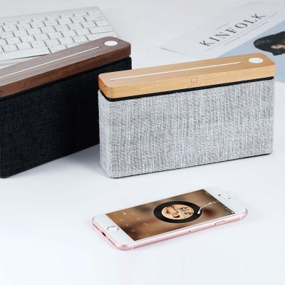 Altoparlante Bluetooth Square in Legno