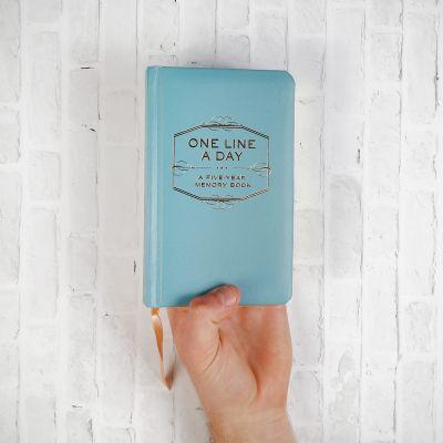 Festa della Donna - One Line A Day - agenda per cinque anni