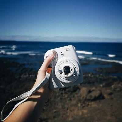 Gadget da Viaggio - Fuji Instax Mini 9 - macchina fotografica istantanea
