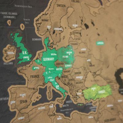 Regali per coppia - Mappa del mondo da grattare Deluxe