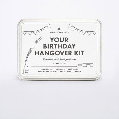 Saldi - Kit Per il Post Sbornia Da Compleanno