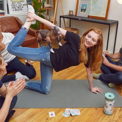Gioco da Festa Yoga con Capra