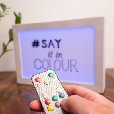 Illuminazione - Pannello luminoso con messaggi e luce colorata
