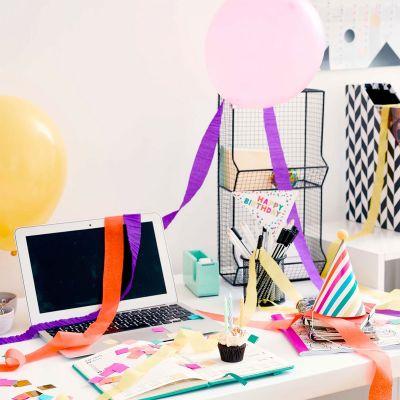 Regali di Compleanno per i 30 Anni - Kit per Festa di Compleanno in Ufficio