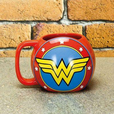 Idee regalo - Tazza Wonder Woman Shield