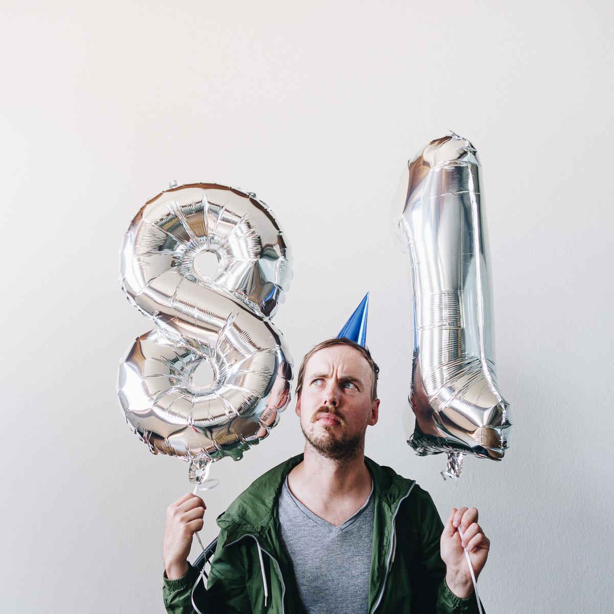 regali per lui palloncini a forma di numeri giganti